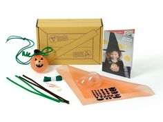Kiwi Crate has 3 new Halloween craft kits for kids of all ages. Fun little non-candy gift idea.