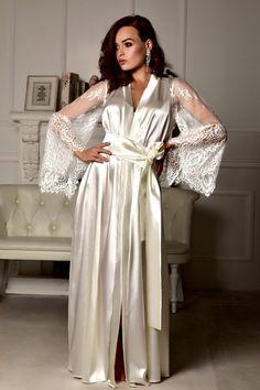 Long lace bridal robe Wedding kimono Long bridal robe Kimono robe Bridal dressing  gown Maxi robe Kim c4e3ae2aa