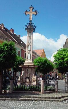 Szentendre plaza Homeland, San Francisco Ferry, Hungary, Budapest, Countryside, Europe, Island, Building, Destinations