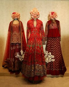 Red Divinity : Nothing like classic red lehengas to go with your opulent pieces . Indian Wedding Gowns, Pakistani Wedding Dresses, Indian Dresses, Indian Outfits, Red Lehenga, Lehenga Choli, Jacket Lehenga, Sarees, Pakistani Fashion Casual