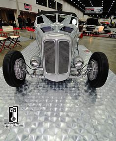 1932 Ford Hot Rod Roadster from Crafty-B at 2014 Detroit Autorama