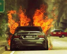 Bmw 3.20i in flames