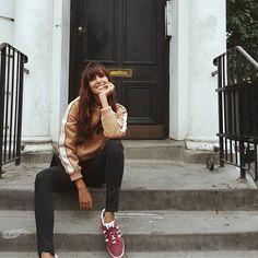WEBSTA @ ana_albadalejo - Si no veníamos a la casa donde vivimos 6 meses no me quedaba tranquila . Nuestro hogar de 16m2 pero felices como perdices 🤗Qué recuerdos más bonitos me trae Londres. ❤🏠