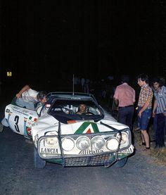 Lancia Stratos... Safari Rally Sandro Munari Road Race Car, Race Cars, Toyota Celica, Photo Forum, Automobile, Lancia Delta, Old Classic Cars, African Countries, Car Makes