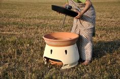Beautiful solar water distiller.  Can something like this also be used for cooking?      horno solar purifica agua (2)