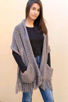 Crochet Hooded Scarf, Crochet Scarves, Crochet Clothes, Pull Crochet, Knit Crochet, Crochet Hats, Hooded Scarf Pattern, Crochet Shawls And Wraps, Crochet Fashion