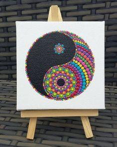 "230 Me gusta, 7 comentarios - Mandy Eddleston (@mandysmandalas) en Instagram: ""Missing this colourful #minimandala already but so pleased it's on it's way to a new home. . .…"""