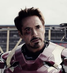 "Tony Stark: NEW image from ""Captain America: Civil War"""