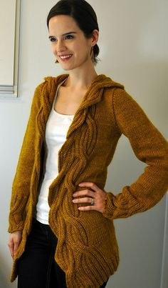 Ravelry: Spinster pattern by Valérie Miller---- free on Ravelry