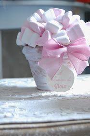 Non potevo non mostrarvi queste dolci piantine realizzate per il Battesimo di una piccola principessa. Per Gioia solo marshmallow rigor...
