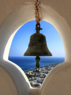 Bell in Greece Marian Flores, Santorini House, Temple Bells, Travel Themes, Greek Islands, Beautiful Islands, Architecture Details, Wonderful Places, Cool Pictures