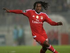 Manchester City join Renato Sanches hunt? #Transfer_Talk #Manchester_United #Manchester_City #Real_Madrid