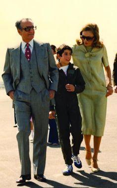 1978 Shah, Prince Alireza and Empress Farah Farah Diba, King Of Persia, Pahlavi Dynasty, The Shah Of Iran, Persian Architecture, Leila, Iranian Women, Persian Culture, Couture Embroidery