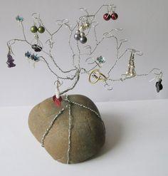 Stojan na šperky - strom