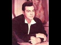 Mario Lanza sings O sole mio recorded 1949  O sole mio ( My Sun) 1898  Words Giovanni Capurro  Music Eduardo di Capua  Mario was one of the most polular singers of the age, and still as a large fan base all over the world. Mario had short time on this earth, he died aged 38 in 1959 but left us with meny beutifull songs.