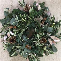 Christmas wreath tribute Christmas Wreaths, Merry Christmas, Christmas Decorations, House Decorations, Wreath Ideas, Holiday Decorating, Tis The Season, Door Wreaths, Pine Cones