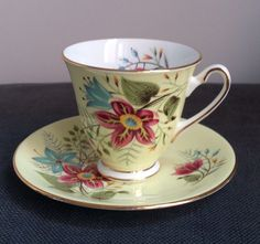 Vintage Windsor Bone China Tea Cup & Saucer Yellow Floral Shabby Chic Wedding