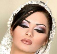 Arabian wedding makeup