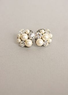 Pearl and sparkle studs