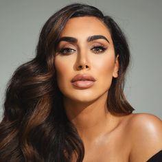 "Huda Kattan: Lip Injections ""Literally Ruined My Lips"" Beauty Lash, Huda Beauty Makeup, Flawless Makeup, Hair Makeup, Hair Beauty, Curly Scene Hair, Short Scene Hair, Scene Bangs, Huda Kattan"