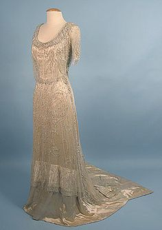 1909 evening dress from Old Rags.  This site is just awesome.