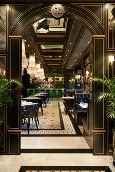 Add this luxury restaurant lighting design selection to your… Beleuchtung Top Resume Template for MS Word Decoration Restaurant, Design Bar Restaurant, Deco Restaurant, Luxury Restaurant, Restaurant Lighting, Hotel Decor, Modern Restaurant, Industrial Restaurant Design, Restaurant Vintage
