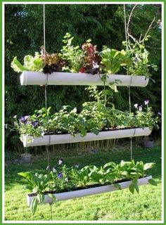 Jardineras colgantes con tubos de PVC