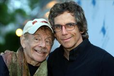 Jerry Stiller and Ben Stiller (Father and Son) All In The Family, We Are Family, Fathers Love, Father And Son, Ben Stiller, Old Movie Stars, People Of Interest, Actrices Hollywood, Celebrity Kids