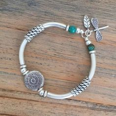 #Repost @silvergoddessjewellery  Dragonflies are the keepers of dreams the energy within that sees all of our true potential & ability. Dragonflies inspire spirituality & creativity. They help us on the path to discovery & enlightenment. They remind us that ANYTHING is possible  Hill Tribe Silver & Turquoise bracelet... available online now  . . #dragonfly #silver #bracelet #hilltribesilver #sterlingsilver #silvergoddessjewellery