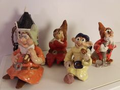 Viisas, Nuhanenä,  Vilkas,  ja Jörö. Doc, Sneezy, Dopey and  Grumpy. Keramiikka. Ceramics. Seitsemän pientä kääpiötä. Seven Dwarfs. Handicraft, Christmas Ornaments, Holiday Decor, Home Decor, Craft, Decoration Home, Room Decor, Arts And Crafts, Christmas Jewelry