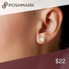 ❗️Zara Pearl Earrings NWT ❗️Zara Classic Pearl Stud Earrings. NWT. Make an offer! Holiday Blowout Sale--giving to the first reasonable offer I receive! Enjoy discounts on bundles! Asap shipping ;-) Zara Jewelry Earrings