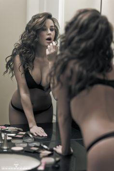 Jenna - Mirror II by DeHavenDigital on deviantART