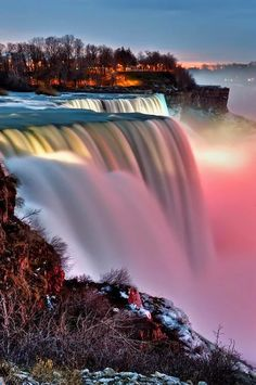 Niagara Falls, New York State Park, USA Listed in Real Simple as one of the most beautiful places to visit. Will it beat Victoria Falls? Beautiful Waterfalls, Beautiful Landscapes, Famous Waterfalls, Beautiful Scenery, Niagara Falls New York, New York State Parks, Autumn In New York, Image Nature, Jolie Photo