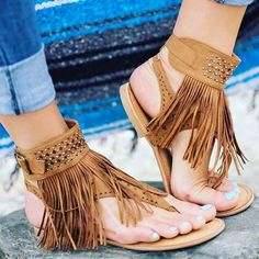 Bohemian sandals are extraordinary approach to focus on a couple of ravishing legs or basically make a design explanation. So search for shoes and shoes with… Bohemian Sandals, Lace Up Heels, Fashion Flats, Flat Sandals, Beach Sandals, Latest Fashion For Women, Bohemian Style, Collection, Women Sandals