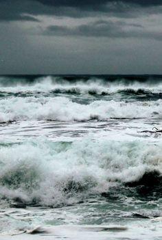 Rejuvenation color inspiration: ocean waves