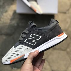 Casual Shoes, Men Casual, New Balance Sneakers, Men's Sneakers, Footprints, Sports Shoes, Shoe Game, Men's Style, Trainers