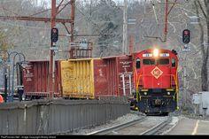 RailPictures.Net Photo: ME 18 Morristown & Erie Railway Alco C424 at Millburn, New Jersey by Bobby Allard