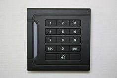 $96.00 (Buy here: https://alitems.com/g/1e8d114494ebda23ff8b16525dc3e8/?i=5&ulp=https%3A%2F%2Fwww.aliexpress.com%2Fitem%2F2012-Small-cute-type-Door-Access-Controller-Reader-RFID-125KHZ-Keypad-Single-Tamper-Alarm-6399-Users%2F579004733.html ) Free shipping Door Access Controller Reader RFID 125KHZ Keypad Single Tamper Alarm 6399 Users,single acces control reader for just $96.00