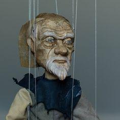Old Man by Lenka Cain Pavlickova of praguemarionette.com