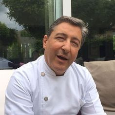 A kind message from an incredibly passionate and genuine man, chef of one of the best restaurants in the world: Joan Roca for hungryitalianintown.com #hungryitalianinspain #girona #elcellerdecanroca #joanroca #3michelinstars #michelin #rocabrothers #50best #world50best #foodie #travel #food #foodie #foodporn #foodgram #cnnfood http://tipsrazzi.com/ipost/1508281115377750395/?code=BTufa7nhVF7