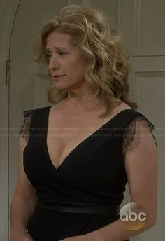 Vanessa's black wrap dress with leather trim and lace sleeves on Last Man Standing Nancy Travis, Beautiful Celebrities, Beautiful Women, Ann Margret Photos, My Kind Of Woman, Sexy Older Women, Hot Blondes, Hot Actresses, Little Girls