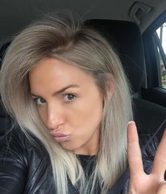 Cool blonde for highlights