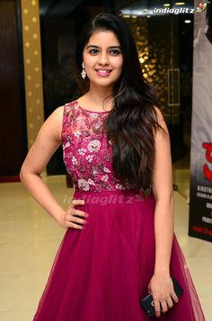 Long Gown Dress, Lehnga Dress, Lehenga, Indian Wedding Gowns, Indian Gowns Dresses, Beautiful Girl Indian, Most Beautiful Indian Actress, Mommy Daughter Dresses, Tamil Actress Photos
