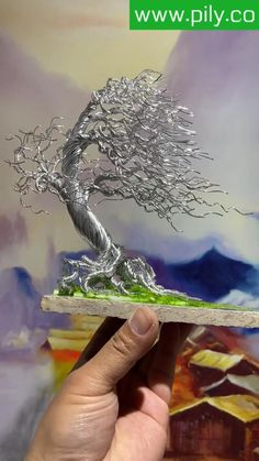 Bonsai Art, Bonsai Trees, Diy Crafts Hacks, Diy Arts And Crafts, Carillons Diy, Copper Wire Crafts, Wire Art Sculpture, Wire Trees, Metal Art