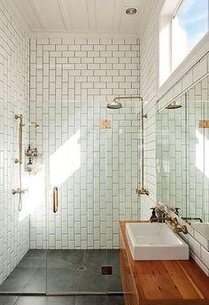 tendances déco salle de bain 2015 robinet laiton