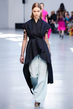 Модные женские жилетки 2017 фото | Стильные новинки и тренды