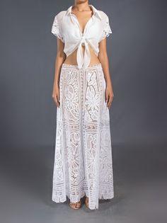 MARTHA MEDEIROS - Saia longa branca 7 Crochet Romper, Crochet Clothes, Romanian Lace, Needle Lace, Skirt Pants, Moda Online, Formal Dresses, Wedding Dresses, Beautiful Outfits