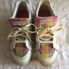 Airwalk Girls Size 3 1//2 Youth Pink White Floral Canvas Shoes NWOB