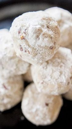 These Mexican Wedding Cookies will be sure to have your guest's mouths watering!