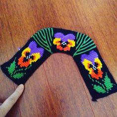 Tunus ısı patıgım #tunusişi #tunusörgüsü Sewing Patterns, Crochet Patterns, Fillet Crochet, Knitted Slippers, Crochet Shoes, Tunisian Crochet, Mittens, Lana, Gloves